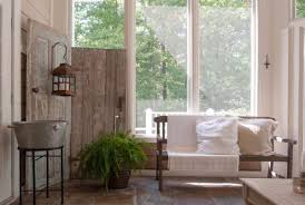 shabby chic doors top 10 repurposed door uses into shabby chic home d罠cor 窶 recyclart