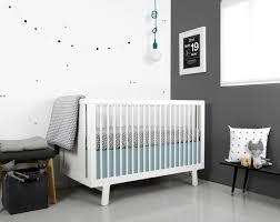 chambre bébé blanc et gris chambre bébé blanche décorée de couleurs 50 idées