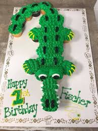 alligator cupcake cake 2dz