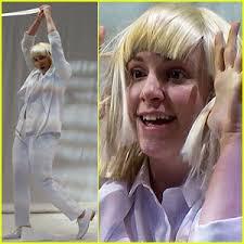 Lyrics To Chandelier Lena Dunham Performs Interpretive Dance To Sia U0027s U0027chandelier U0027 On