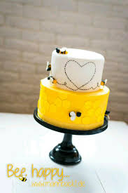 824 best bee cakes images on pinterest bee cakes fondant cakes