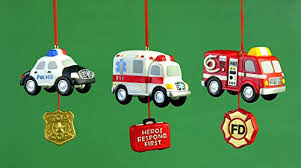 3 25 ambulance ornaments set