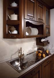 cuisine en italien cuisine italienne meuble cuisines modernes blanches with cuisine
