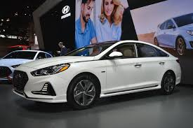 formacar hyundai sonata hybrid and phev debut at the chicago show