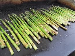 cuisiner asperges recette asperges vertes à la plancha asperges vertes du producteur