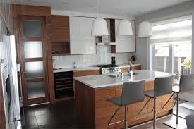 cuisine 2 couleurs modele de cuisine 2 couleurs mod les portes d armoires de