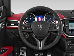maserati steering wheel image 2015 maserati ghibli 4 door sedan steering wheel size 1024