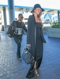 chrissy teigen u0027s maternity fashion chrissy teigen pregnant 6