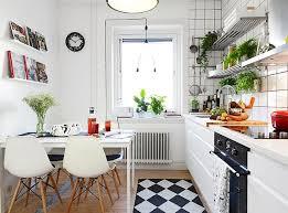 small white kitchen ideas best 25 small white kitchens ideas on white kitchens