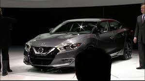 new nissan maxima white watch 2016 nissan maxima unveiling live from new york auto show