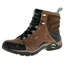 womens boots for hiking help me choose the best hiking boots for