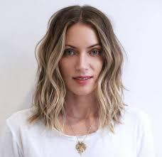 collarbone length wavy hair 8bfd8e8728381410ce1de2e878743994 medium length wavy hairstyles