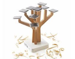 xd design solar tree iphone l arbre chargeur solaire images