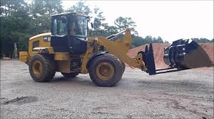 cat 938k wheel loader changing buckets youtube