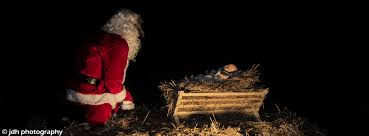 santa and baby jesus picture the santa worships jesus nativity jdh photography