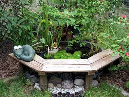 Small Backyard Water Features by Diy Outdoor Water Feature Backyard Design Ideas