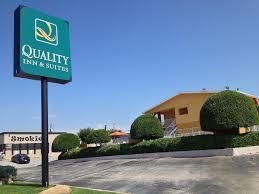 Six Flags Ct Quality Inn U0026 Suites Six Flags Area Arlington Tx 2626 East