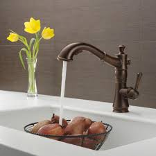 delta linden kitchen faucet delta chrome kitchen faucets elegant