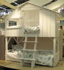 chambre cabane enfant lit cabane enfant couchage laque blanc id grand s
