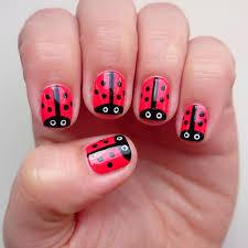 dahlia nails little ladybirds tutorial