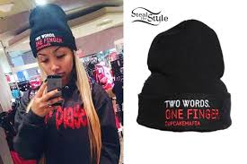 zonnique pullins middle finger beanie steal her style