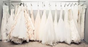 aniston wedding dress in just go with it i wanted a tale wedding dress but my feminist wanted