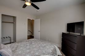 newly remodeled modern 4 bedroom 3 bath with pool vacation