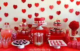 valentine s day table runner valentines day dessert table say it with cake valentine s day table