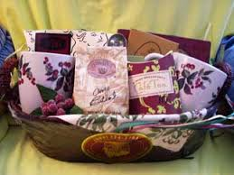 Movie Themed Gift Basket Easy Make A Gift Basket Ideas