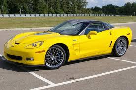corvette zr1 yellow 2009 chevrolet corvette zr1 image gallery pictures