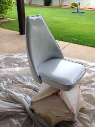 Paint For Outdoor Plastic Furniture by 193 Best Painting Leather U0026 Vinly Furniture Images On Pinterest