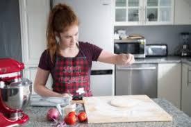 apprendre les bases de la cuisine apprendre les bases de la cuisine cool la cuisine de rfrence