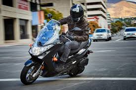 2017 yamaha smax review