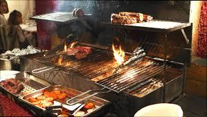 cuisine au feu de bois cuisine bois restaurant avec cuisine au feu de bois