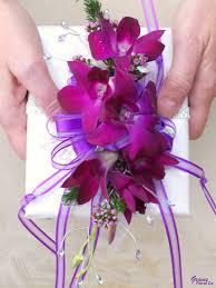 wedding flowers ta 44 best bible spray bouquet バイブルスプレー images on
