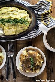 mashed potatoes thanksgiving recipe creamy mashed potatoes u0026 savory mushroom gravy vegan huggs