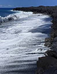 beaches with black sand kalapana was a small fishing village with a world famous kaimu