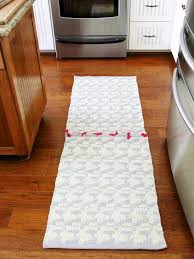 Diy Runner Rug How To Make A Runner Rug From Two Rugs How Tos Diy