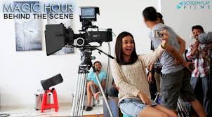 film magic hour ciuman foto foto behind the scene film magic hour celeb bintang com