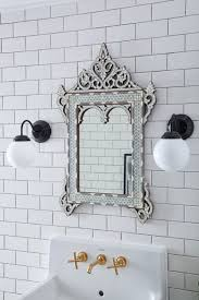 20 ultra glamorous venetian mirrors