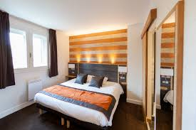 mobilier chambre hotel hôtel le foch chambre