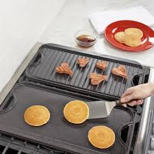 Cooktop With Griddle And Grill Lodge Rectangular Grill U0026 Griddle Pan Sur La Table