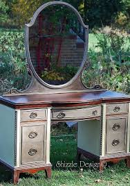 Antique Vanity With Mirror And Bench - best 25 refinished vanity ideas on pinterest vintage vanity