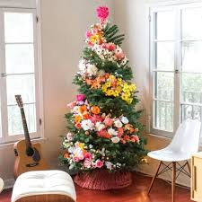 Decorated Christmas Tree Themes by She Tucks A Giant Flower Into Her Tree When The Camera Zooms Out