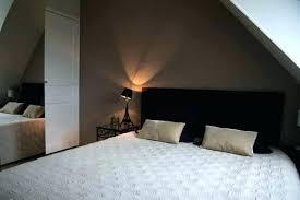 deco chambre sous comble deco chambre sous comble amenagement comble parquet en bois clair