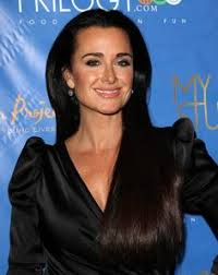 does kyle richards wear hair extensions kyle richards talks wild facials waterproof mascara and her