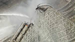 Six Flags Decapitation Magic Mountain U0027s Colossus Roller Coaster Catches Fire Peak