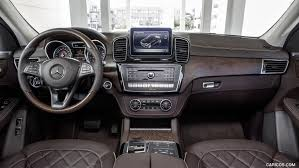 Ford Edge Interior Pictures Comparison Mercedes Benz Gle Class 2016 Vs Ford Edge Sport