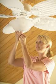 the direction u0026 speed of ceiling fan rotation in the winter