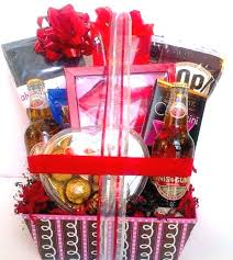 valentines day gifts for men valentines day gifts for men jpg 464 519 val male gift baskets